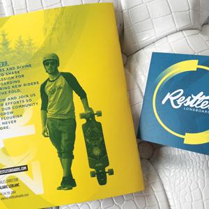 Arrière du catalogue Restless et étiquette de produits